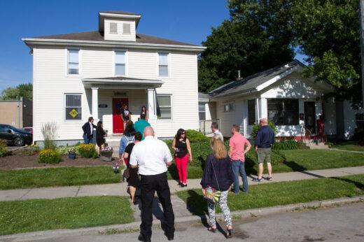 Trolley tour highlights Vincent Village initiatives
